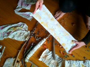 Join the last eco-printing workshop this Sunday!